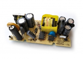 БП модуль AC-DC 5В/2000мА (б/у)